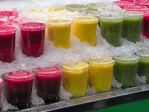 DAYS OF REFRESHING, HIGH ENERGY SMOOTHIES WITHOUT CAFFEINE
